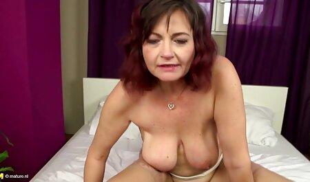 Él llama rubia ver peliculas en español porno de tetas enormes para jugar