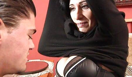 Madre rubia peluda en pantimedias sexo tabú peliculas porno en latino
